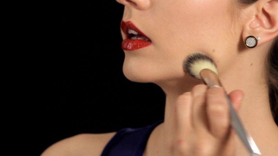 Makeupsteps Cum Realizezi Un Machiaj De Seara Simplu Si Rapid