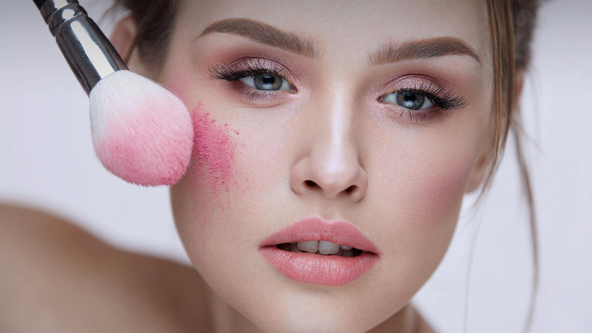 Curs de vanzari pentru retail artiști si cosmeticieneCorporate makeup